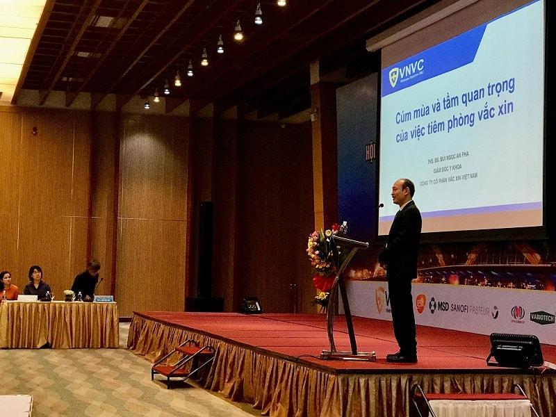 BS An Pha báo cáo tại hội nghị