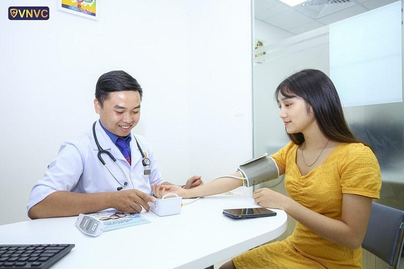 Tiêm vắc xin trước khi mang thai giúp tạo kháng thể cho thai nhi