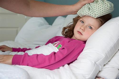 Vắc xin phòng HIB - 1 mũi tiêm ngừa 2 bệnh viêm phổi và viêm màng não
