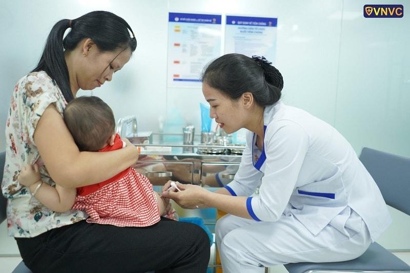 VNVC luôn nỗ lực cung cấp đầy đủ vắc xin phòng bệnh cho trẻ em và người lớn